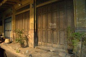 chinatown doors