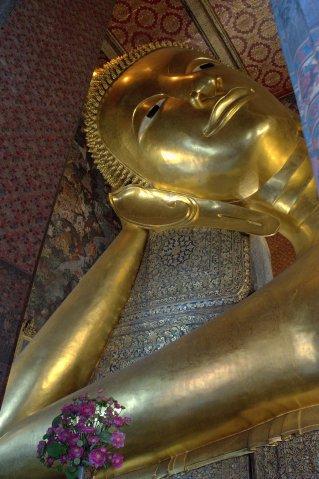 reclining buddha bkk