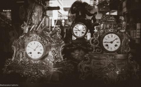 2016100101 clocks