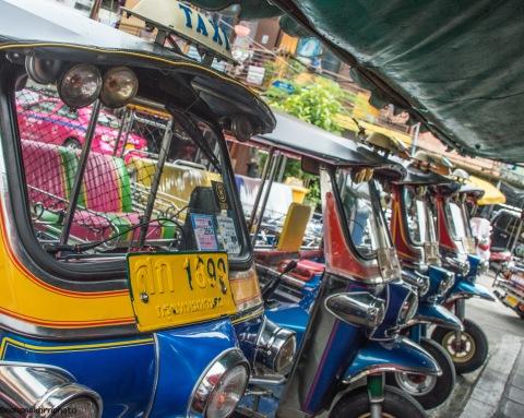 tuktuk01180609